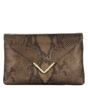 Elaine Turner Bella Clutch